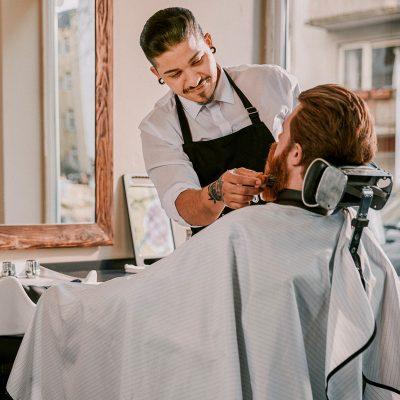 Besuch beim Barbier Herrengut