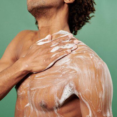CBD Body Wash Duschgel Anwendung